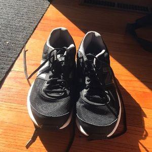 New Balancd Athletic shoes